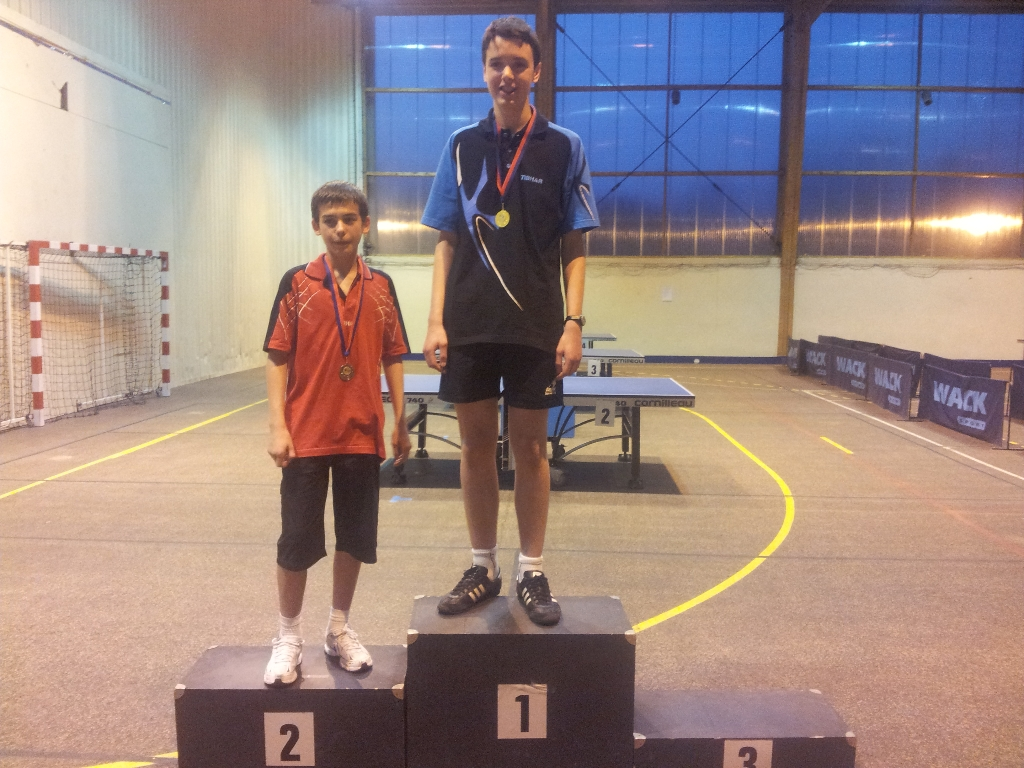 tennis_de_table_cd93tt_2011-2012_1ères_balles_Cadet_2_Garçons